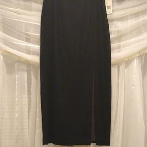 Black wool long skirt, high slit, size 8, nwt